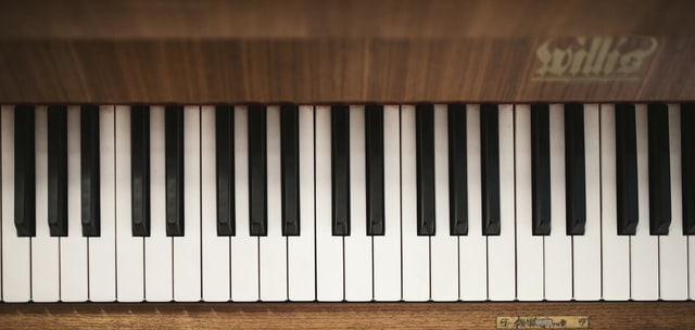 Bird's eye view of keyboard in wood finish.